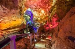 Экскурсия в пещеру Прометея + Мартвильский каньон и термальные источники