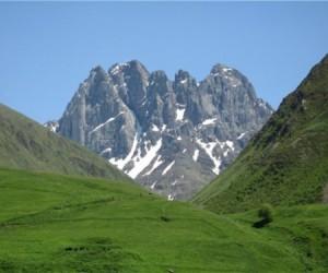 Гора Чаухи (3700 м)