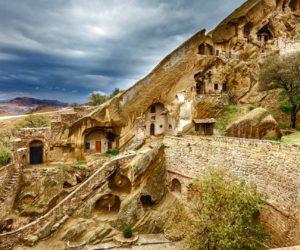 Давид-Гареджа комплекс древних пещерных монастырей