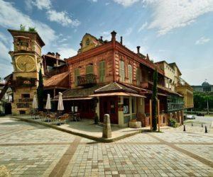 Театр Резо Габриадзе - башня-часы