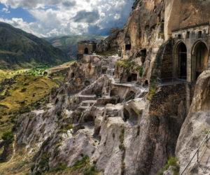 Вардзия - пещерный комплекс